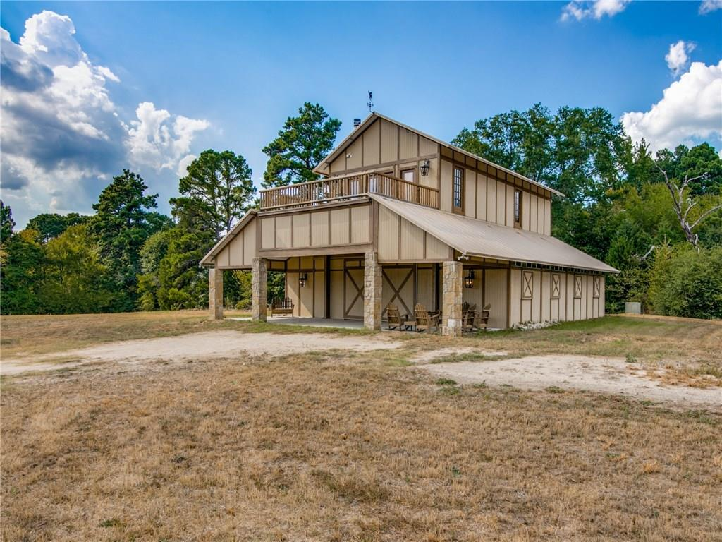 703 County Road, Daingerfield, TX 75638