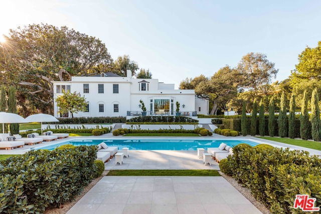 809 N Hillcrest Road, Beverly Hills, CA 90210