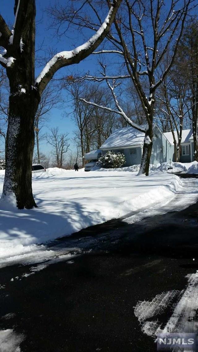 42 Eagle Ridge Way, West Orange, NJ 07052
