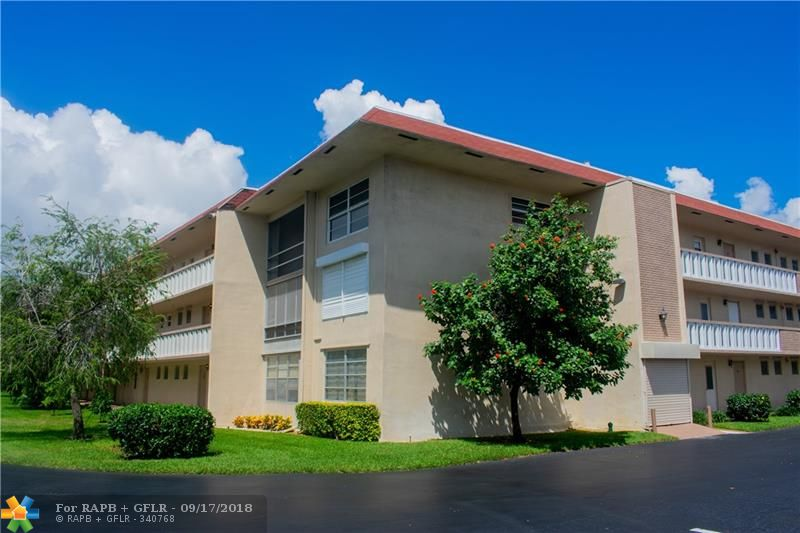 Welcome to Kings Park Condominiums! This is a sweet opportunity for your next home or investment. This property features exquisite details, the kitchen is renovated with onyx counter tops, stainless steel appliances, real oak-wood cabinets, tile throughout the main living areas & carpet in the bedrooms. Both the full bathroom & half bathroom have updated vanities, toilets & shower. You have a large walk in closet in the bedroom & plenty of closet/storage space! This is a MUST see! A+ location minutes from the beach, great restaurants & shopping!