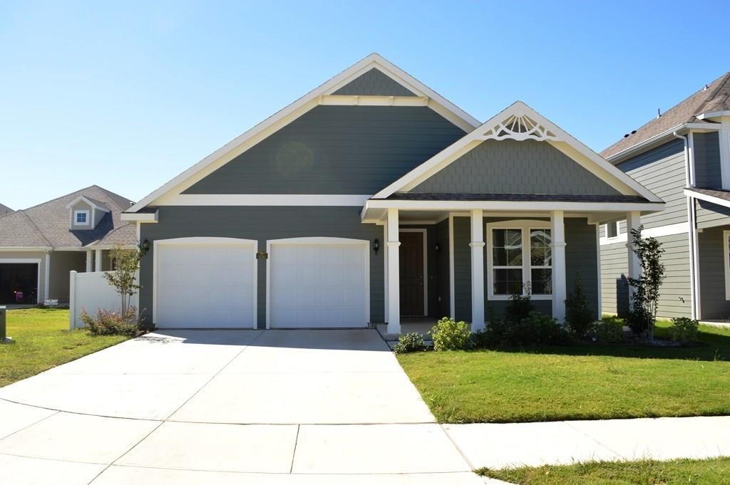 9236 Blackstone Drive, Aubrey, TX 76227