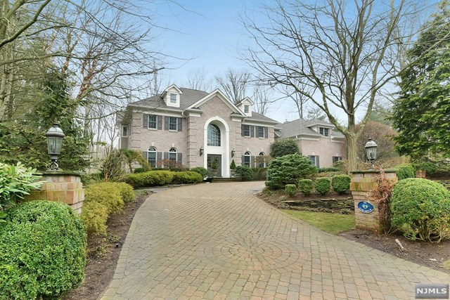 1 Clarksmith Drive, Old Tappan, NJ 07675