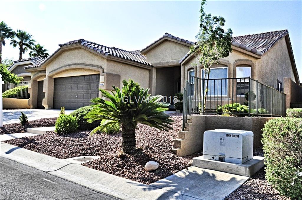 11208 Dell Cliffs Ct Court, Las Vegas, NV 89144