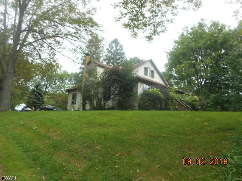 Income opportunity....Nice 3 bedroom, 2 bathroom cape cod with long term tenants paying $1,500 per month rent. Property being sold AS IS with tenants in place. Will need minimum of 48 hr notice to show   Property being sold AS IS with tenants in place. Will need minimum of 48 hr notice to show. Smoke Certificate /CO is responsibility of the purchaser