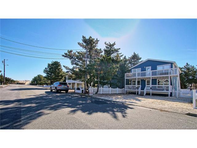 212 Pelham Avenue, Beach Haven