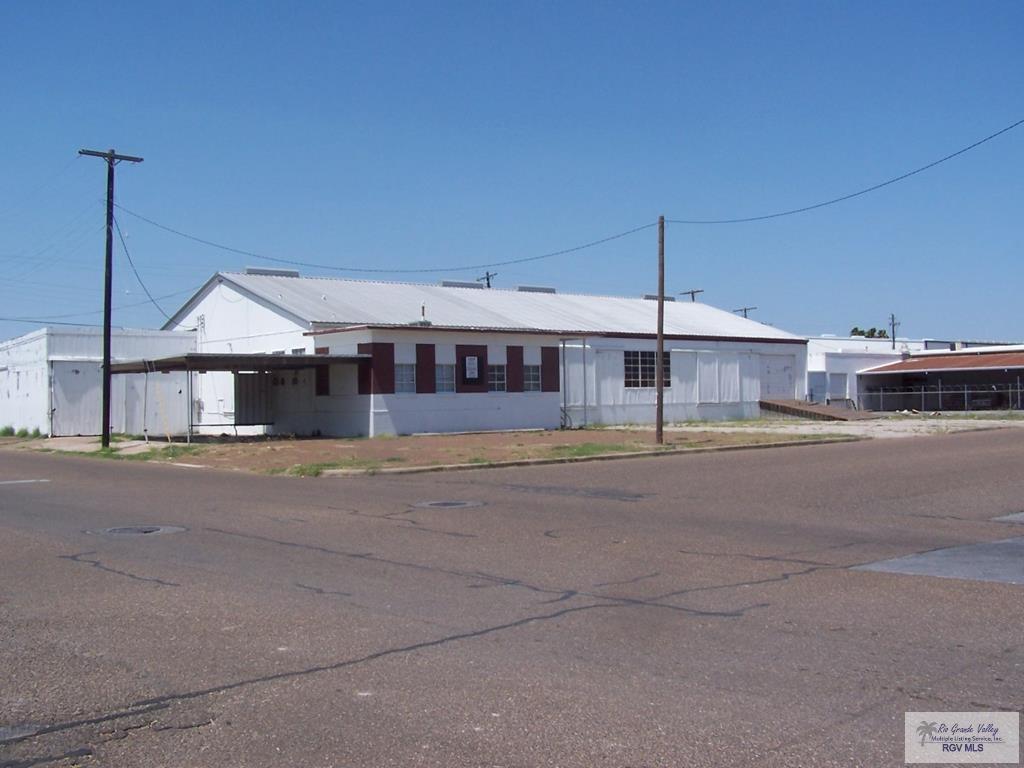 920 W Van Buren Avenue W, Harlingen, TX 78550