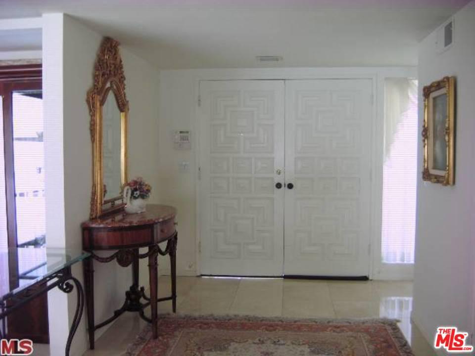 16460 SLOAN Drive, Los Angeles (City), CA 90049
