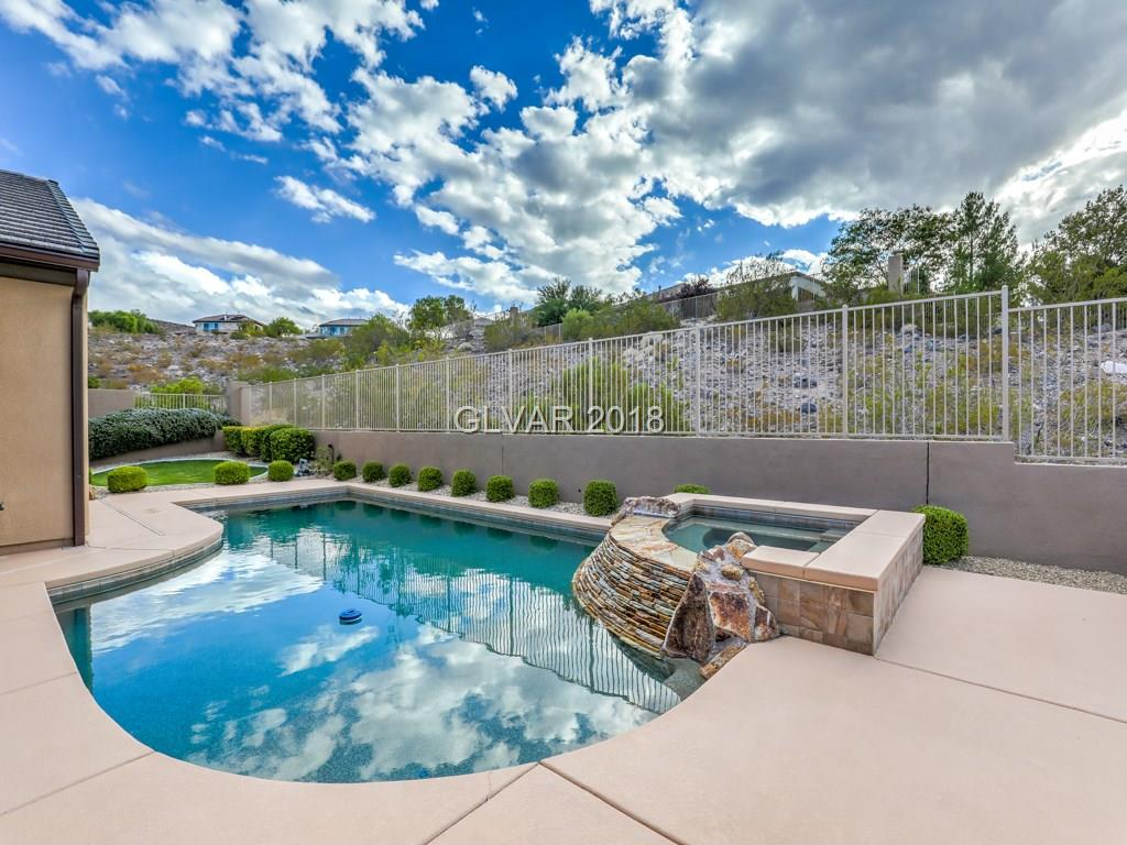 23 SUMMIT WALK Trail, Henderson, NV 89052
