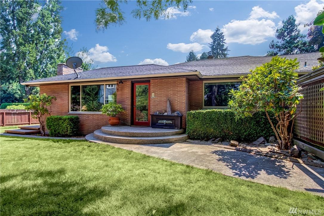 11524 Meridian Ave N, Seattle, WA 98133