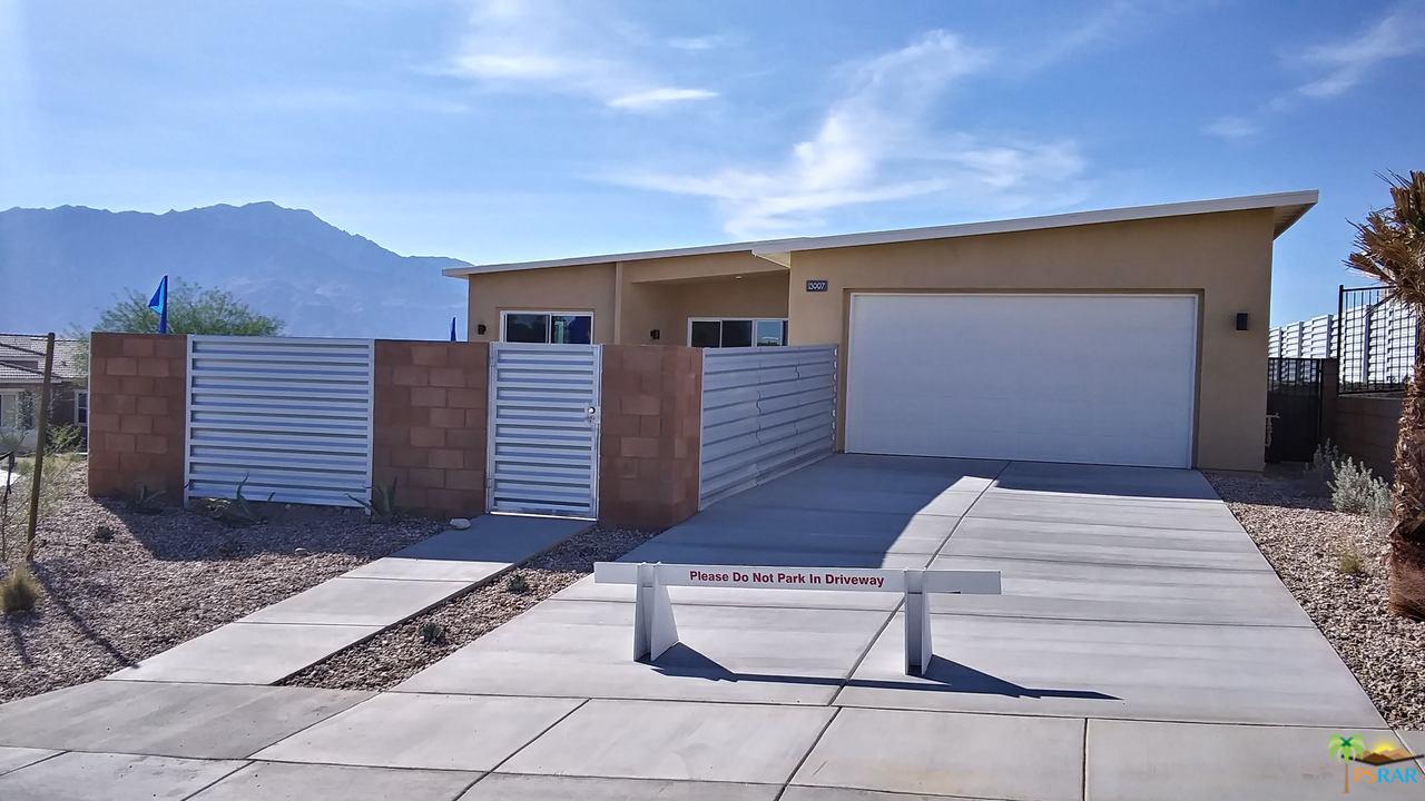 13997 AVENIDA  LA VISTA, Desert Hot Springs, CA 92240