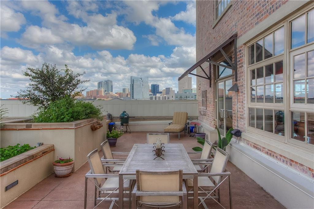 2600 W 7th Street 2406, Fort Worth, TX 76107
