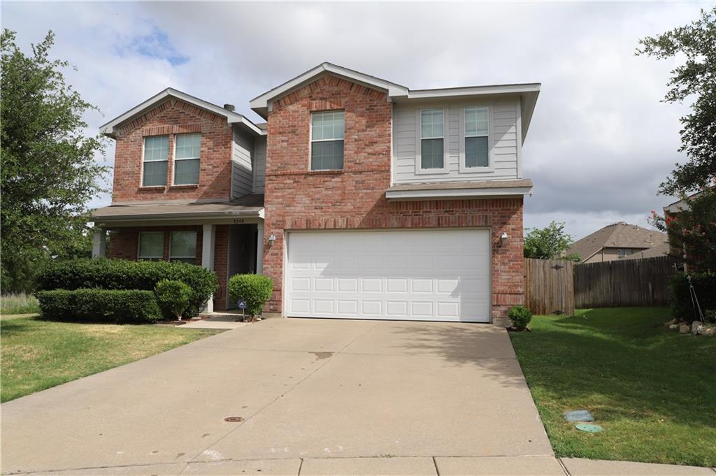 Absolutely beautiful BREATHTAKING views located on the greenbelt and on a premium corner cul-de-sac in the highly-desired Keller ISD! Walking Trails, Parks, and a pond and Fountain are a natural extension of the front yard! 2 Living, 2 Dining, SS Appliances, Cherry Cabinets, HUGE Master BR & walking closet, Jetted Tub, Huge Fenced Backyard with gardens and a pergola!