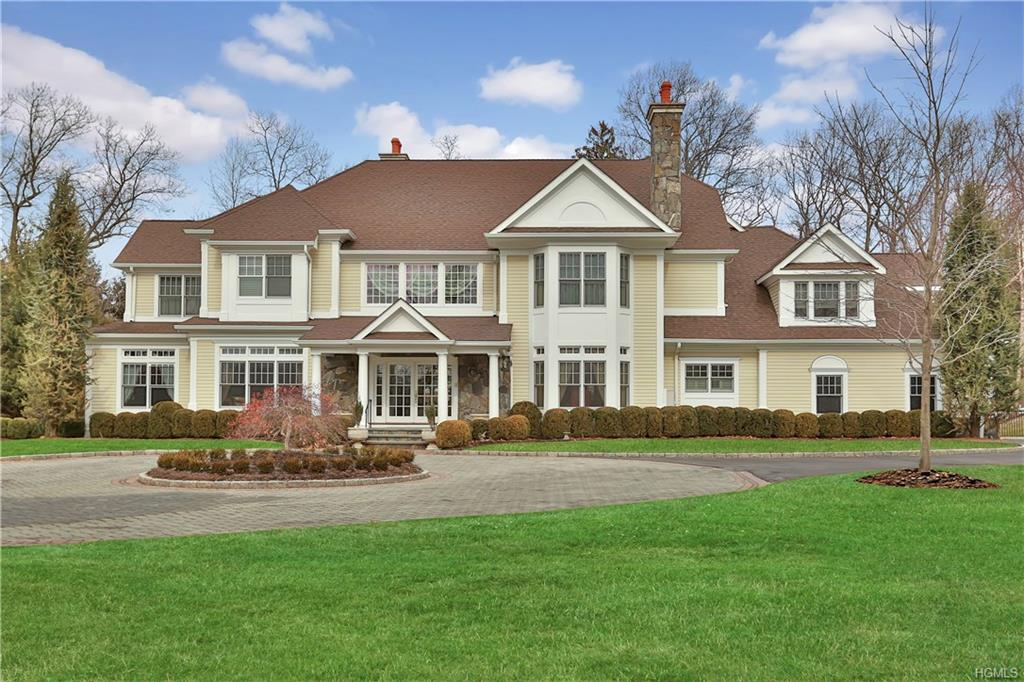 8 Carriage Hill Road, Harrison, NY 10604