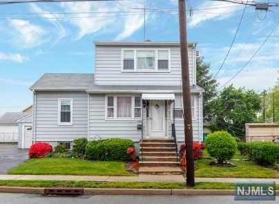124 Kingsland Avenue, Lyndhurst, NJ 07071