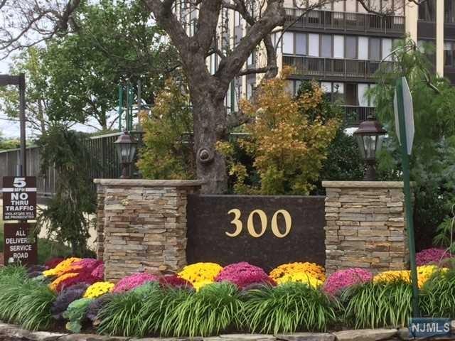 300 Winston Drive, Cliffside Park, NJ 07010