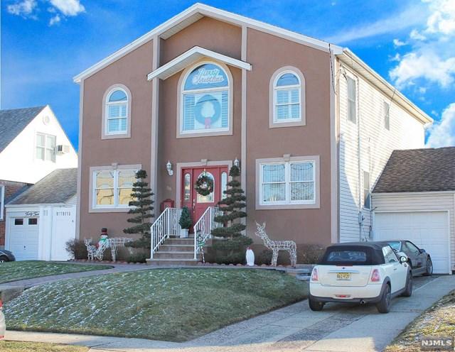 38 Hillman Drive, Elmwood Park, NJ 07407