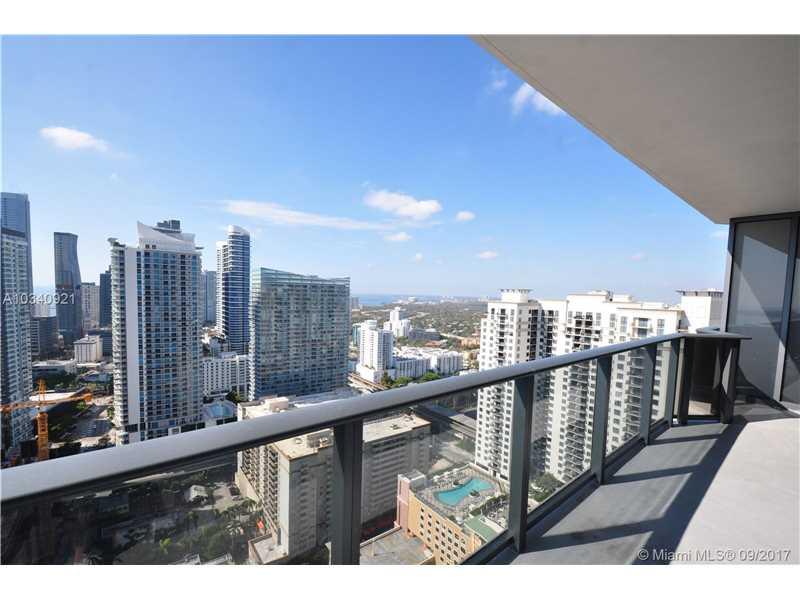 45 SW 9th Street 3503, Miami, FL 33130