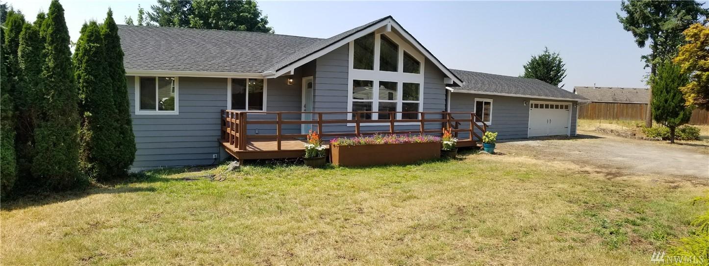 17410 Rhodes Lake Rd E, Bonney Lake, WA 98381