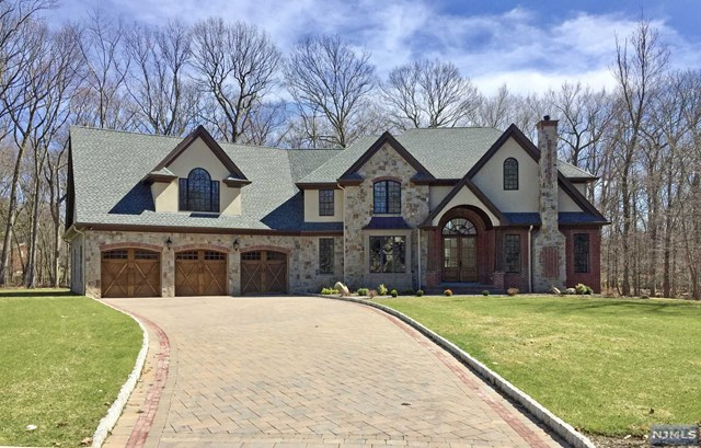 95 Willow Drive, Westwood, NJ 07675