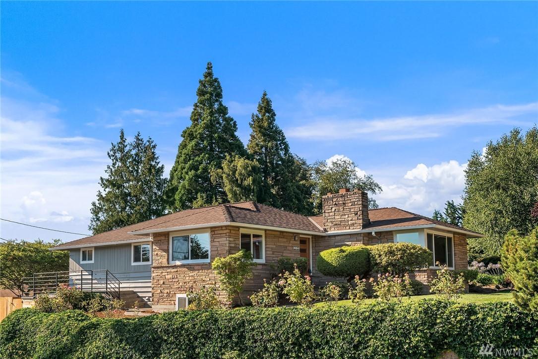 2103 31st Ave W, Seattle, WA 98199