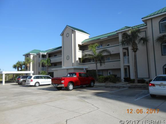 424 Bouchelle Dr 305, New Smyrna Beach, FL 32169