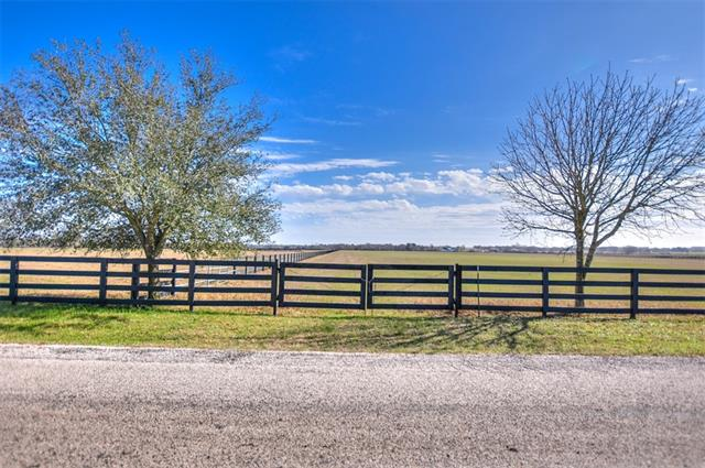 If you are looking for a place to build your custom home… THIS IS IT… Gorgeous Georgetown Acreage… Just minutes from East View High School and the famous Georgetown Historical Square… Stunning countryside views with a beautiful sunset.  Residential home site… Bring your horses..