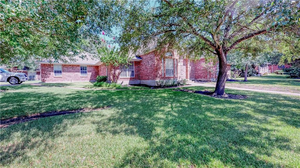 905 Winged Foot Drive, College Station, TX 77845