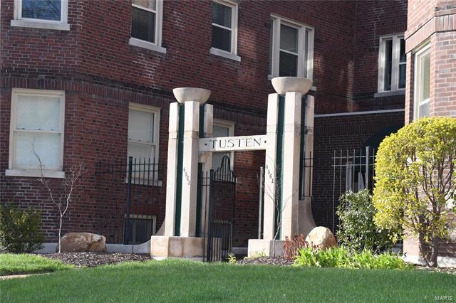 4563 Laclede Avenue, St Louis, MO 63108
