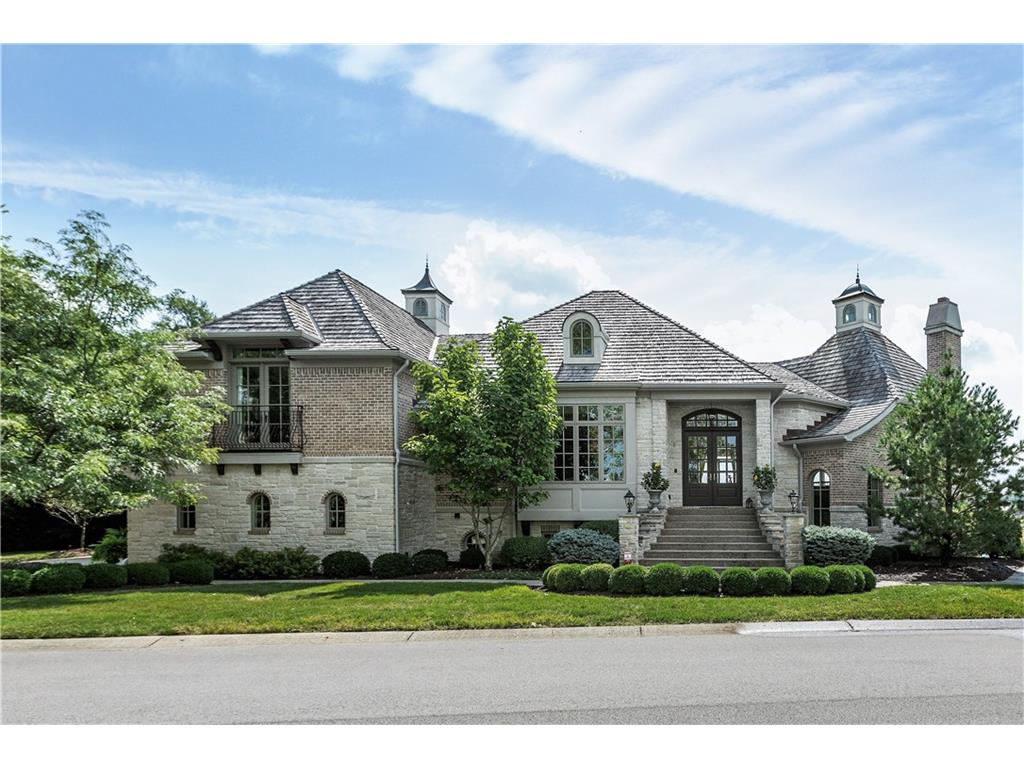 8257 Clearwater Pointe, Indianapolis, IN 46240