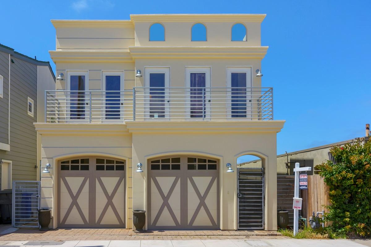1837 S Pacific Street, Oceanside, CA 92054