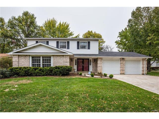 15711 Hill House Road, Chesterfield, MO 63017