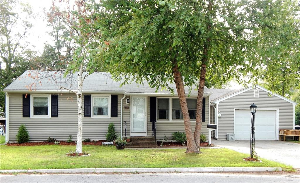 49 Windsor Park DR, Coventry, RI 02816