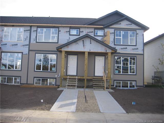 20 Hawthorn Place, Sylvan Lake, AB T4S 2P1