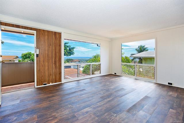 Take in the beautiful ocean views right from your home in Makakilo!  With freshly painted interior/exterior walls, new carpeting, and new vinyl flooring, this home is move-in ready!  Conveniently located near bus lines, Kapolei Shopping Center, Kapolei Golf Club, the H1, and more.