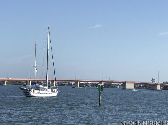 424 Bouchelle Dr 303, New Smyrna Beach, FL 32169