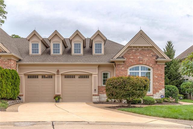 44 Old Belle Monte, Chesterfield, MO 63017