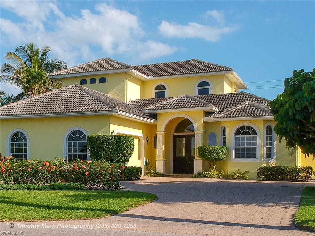 586 South Golf DR, NAPLES, FL 34102