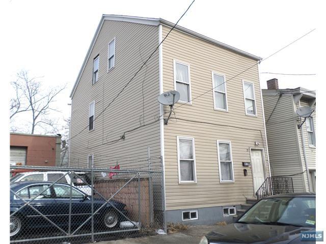 25 Washington Avenue, Paterson, NJ 07503