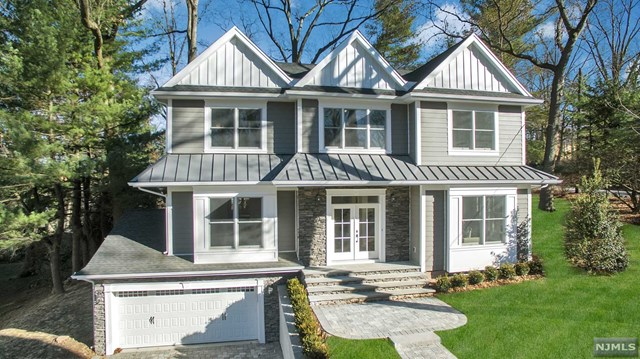 1 N Summit Street, Tenafly, NJ 07670