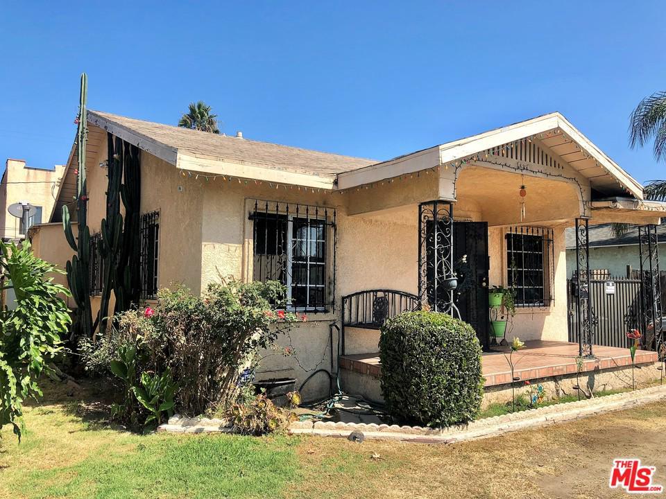 1437 W GAGE Avenue, Los Angeles (City), CA 90047