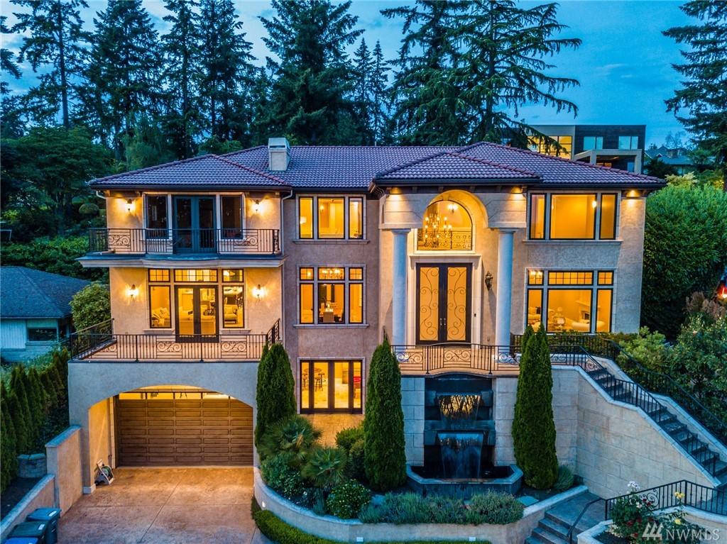 9536 Lake Washington Blvd NE, Bellevue, WA 98004