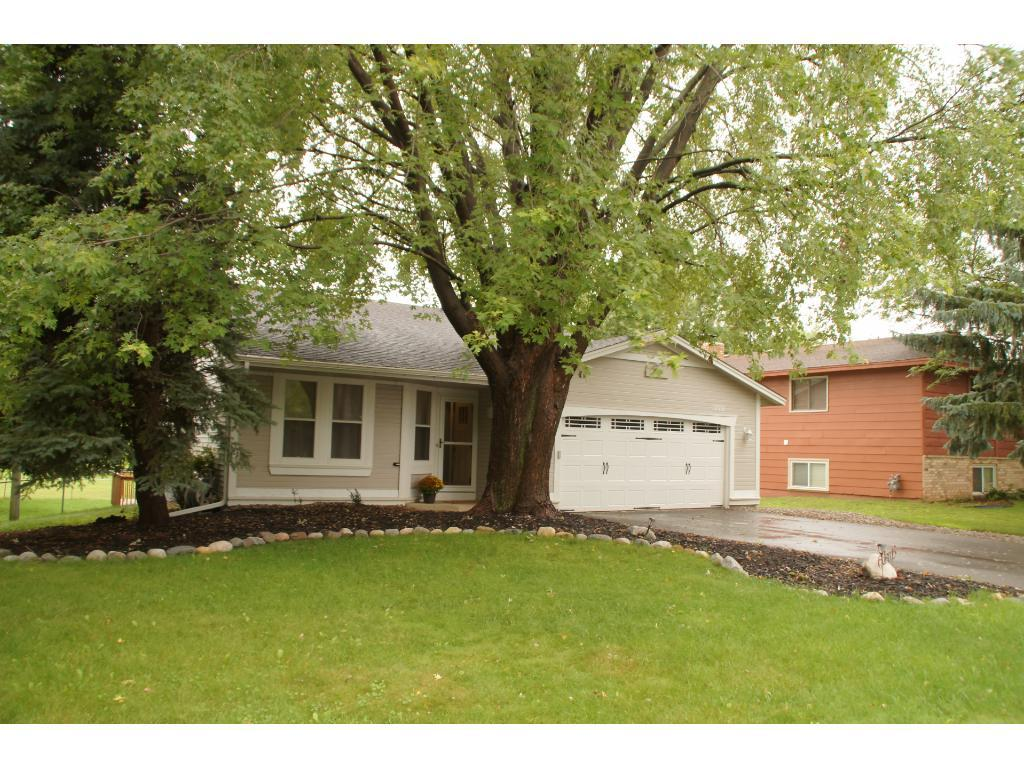 12001 91st Avenue N, Maple Grove, MN 55369