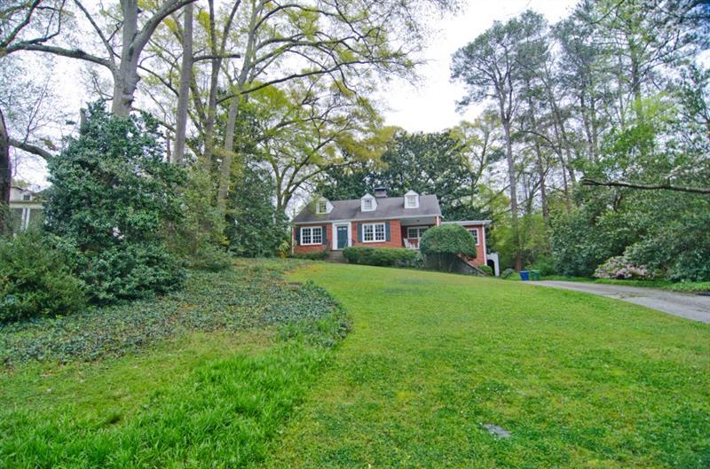 2535 Potomac Avenue NE, Atlanta, GA 30305
