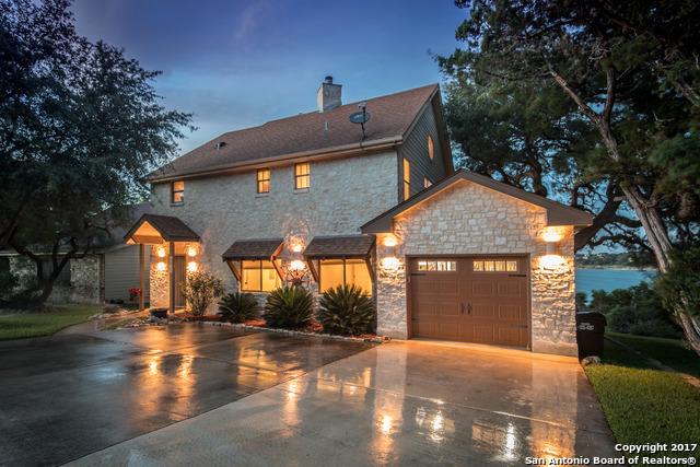 1611 W LAKESIDE DR, Canyon Lake, TX 78133