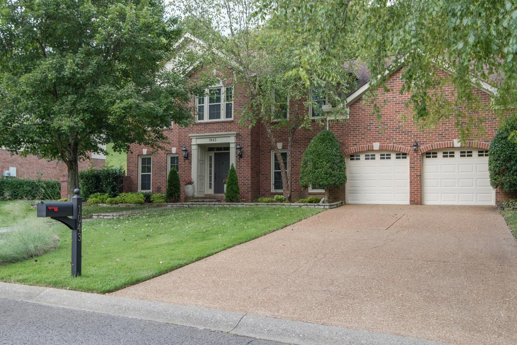 1043 Holly Tree Farms Rd, Brentwood, TN 37027