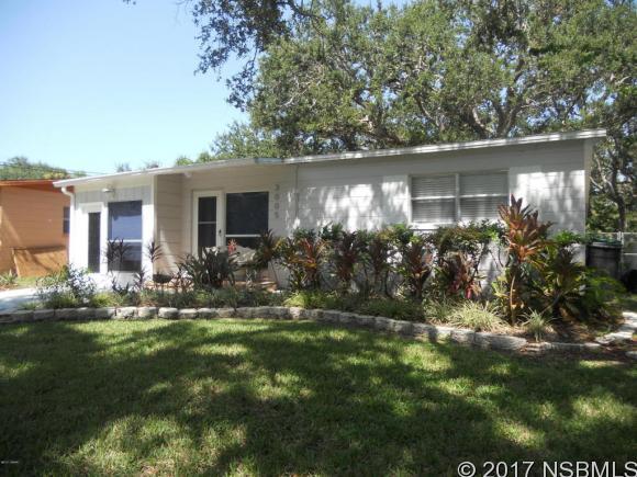 3005 Saxon Dr, New Smyrna Beach, FL 32169