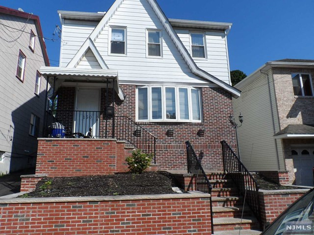 150 Bathurst Avenue, North Arlington, NJ 07031