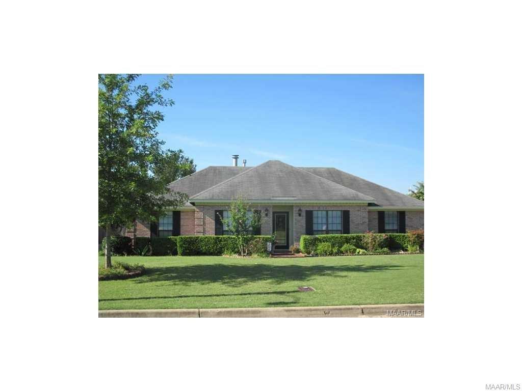 1704 TWELVE OAKS Lane, Prattville, AL 36066