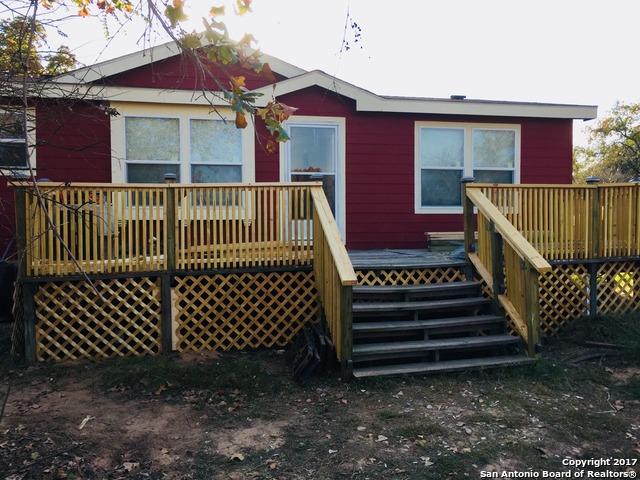 1425 River Oaks Dr, Poteet, TX 78065