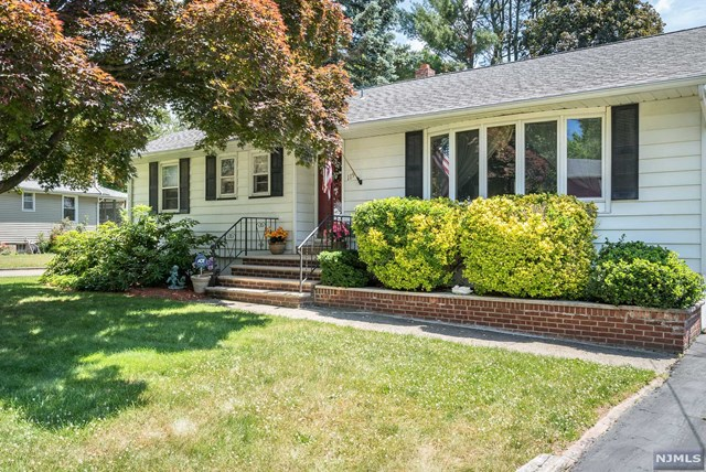 119 Van Avenue, Pompton Lakes, NJ 07442